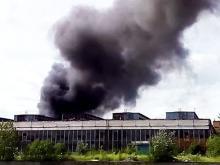 На территории бывшего завода ЗИЛ в Москве возник пожар