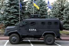 """В Украине создали новый бронеавтомобиль с антиминной защитой  """"Варта"""". Фото"""