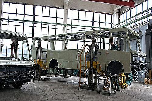 В июне работало только 3 украинских автозавода