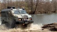 """Стала известна цена украинского бронеавтомобиля """"Варта"""". Видео"""
