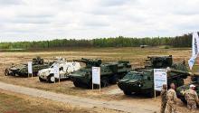 На полигоне продемонстрировали все новинки украинской бронетехники. Фото - броне