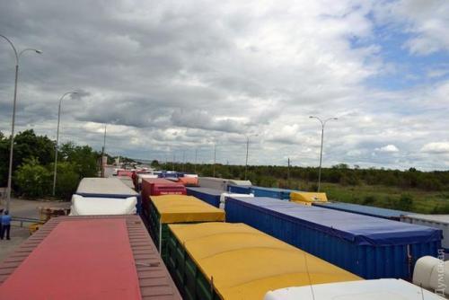 Украина ведет переговоры с Польшей об увеличении квот для перевозчиков
