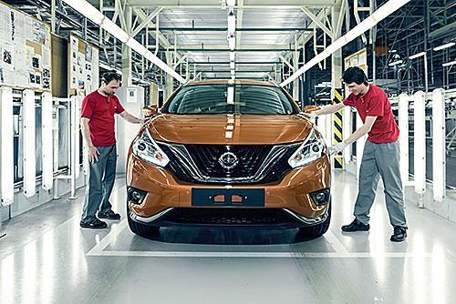 Nissan планирует сократить более 10 тыс. рабочих