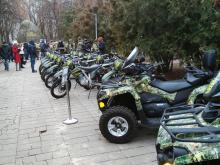 Пограничники получили партию внедорожников и квадроциклов - погран