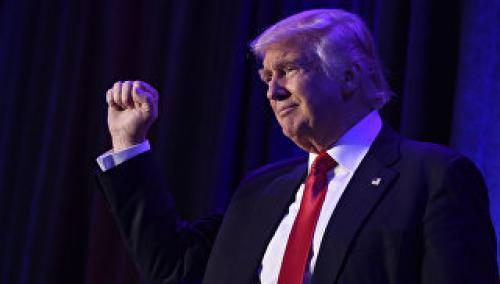 Трамп отложил повышение пошлин на европейские авто