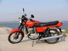 Права на легендарную марку Jawa отошла к Mahindra - Jawa