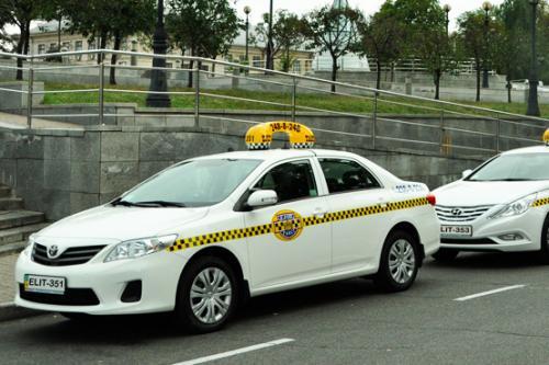Как Uklon, Uber и Bolt предлагают легализовать рынок такси в Украине. Анализ законопроекта