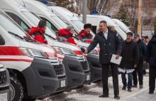 Кличко передал 15 автомобилей скорой помощи