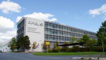 Opel продан концерну PSA - Opel