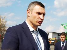 Виталий Кличко протестировал белорусскую технику. Видео