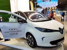 В Киеве представили более десяти моделей электромобилей и гибридов - электромобил