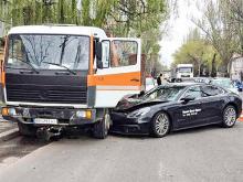 В Одессе во время тест-драйва разбили Porsche - Porsche