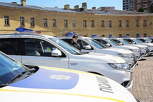 Патрульная полиция будет согласовывать все пассажирские перевозки сотрудников
