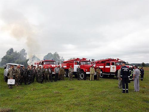 В Сумской области отрабатывали тушение лесных пожаров - пожар