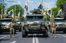 Парад в Мариуполе. Как изменилось оснащение украинской армии за 3 года. Фото - Мариупол