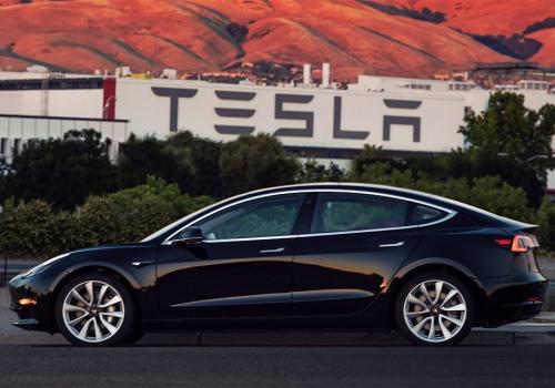 Бывший вице-президент GM считает, что Tesla не доживет до 2019 года - Tesla