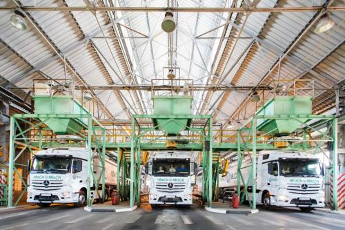 В апреле Mercedes-Benz стал №1 на рынке грузовиков в Украине