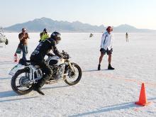 Украинский мотоцикл Днепр смог проехать на мировой рекорд скорости, опередив Harley-Davisdon