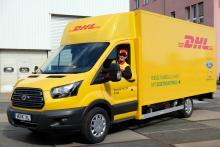 Deutsche Post полностью перейдет на электрические фургоны Ford - Ford