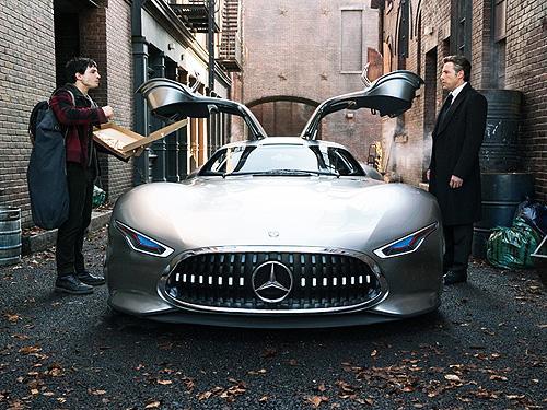Суперкар Mercedes-AMG станет новым автомобилем Бэтмена - Mercedes