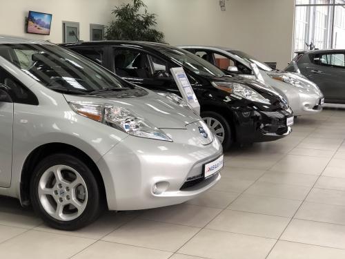Самый популярный в Украине электромобиль Nissan Leaf можно купить в рассрочку