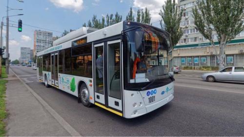 После белорусских троллейбусов в Ровно решили закупить технику Южмаша - троллейбус