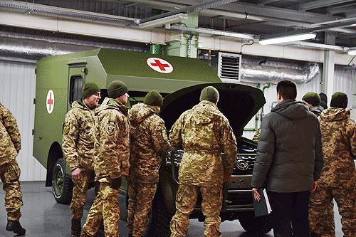 Военные прошли обучение по эксплуатации санитарных автомобилей Богдан-2251