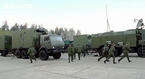 Россия продемонстрировала лазерную пушку на КАМАзовском щасси - лазер