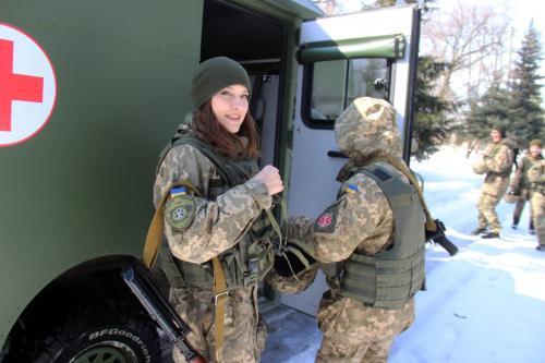 Работа военных медиков не имеет выходных - Богдан