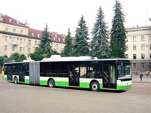 «Богдан» готов удовлетворить потребности украинских городов в больших автобусах и троллейбусах