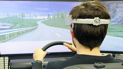 Nissan в Киеве продемонстрировал технологию считывания мыслей водителей - Nissan