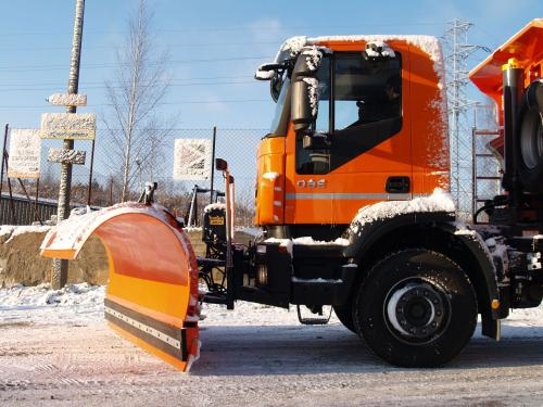 Готовь снегоуборочную спецтехнику OZAMET летом!