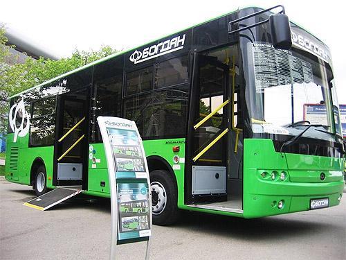 В Украине эксплуатируется 10 тыс. автобусов «Богдан»