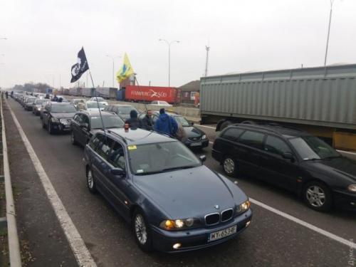 В Украине уже легализовано 200 тыс. авто на европейской регистрации