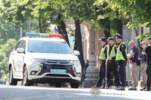 Какие авто были задействованы в обеспечении безопасности инаугурации президента Зеленского. Фото