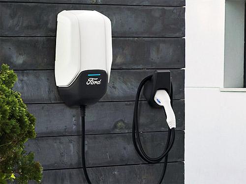 Ford и Volkswagen откроют 12 тыс. зарядных станций для электрокаров