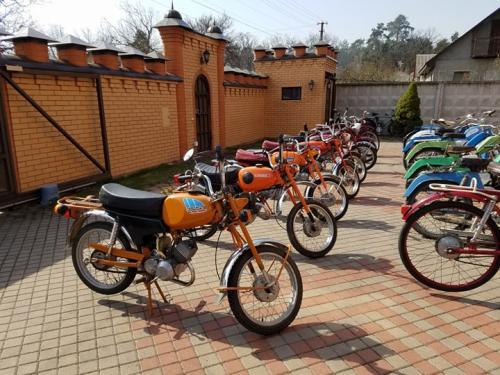 В Украине появилась коллекция всех мопедов Львовского мотозавода
