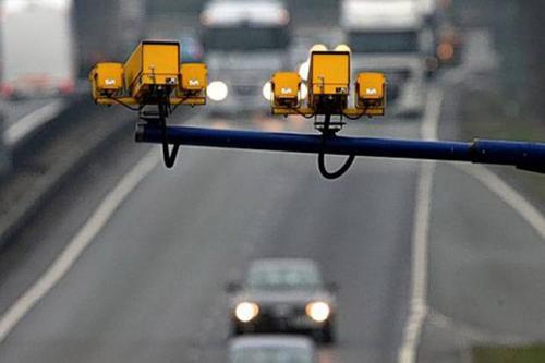 """В июле водители будут получать """"письма счастья""""  только за превышение скорости. Разметку и проезд на красный свет пока тестируют"""