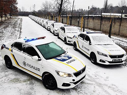 Национальная полиция получила крупную партию седанов PEUGEOT 301