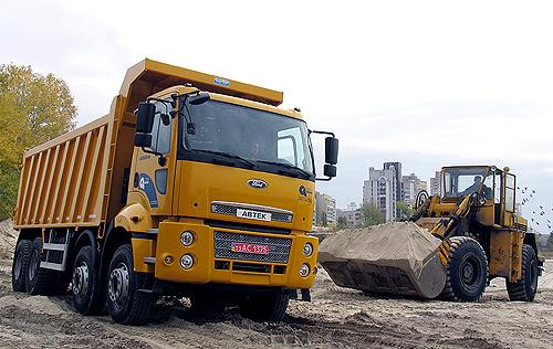 Тест-драйв самосвала: настоящий строитель FORD Cargo 4135D - Ford
