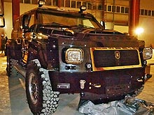 Какие авто из гаража Януковича прячут от посторонних глаз - гараж