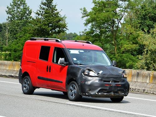 Шпионские фото новинок FIAT и Chrysler