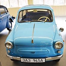 Почему Янукович начал коллекционировать авто у себя в гараже