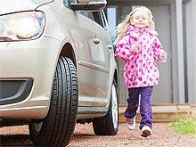 Как обезопасить ребенка в автомобиле. Советы экспертов