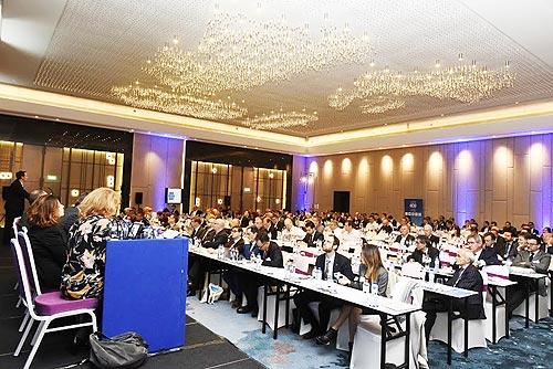 Конференция ECG: как цифровые революции и политические потрясения влияют на перевозку автомобилей - ECG