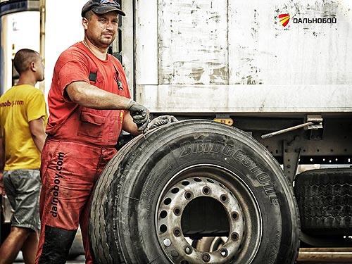 Как защитить шины от украинских дорог - шин