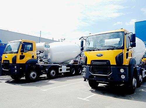 В Украине поставлена крупная партия автобетоносмесителей Ford Trucks - Ford
