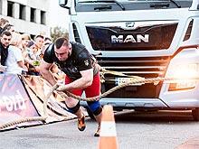 Сильнейшие люди страны соревновались с 8-тонным грузовиком MAN