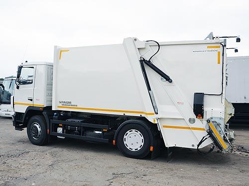 Львовские отходы будут вывозить на уникальных МАЗах