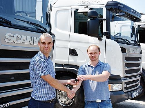 Scania поставит партию тягачей молочной компании - Scania